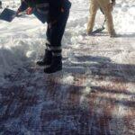 Retirada de nieve en entrada de viviendas y jardines. (4)